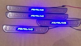 Светодиодные накладки на пороги Toyota Rav4 2006-2012