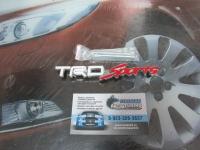 Эмблема алюминиевая для решетки радиатора TRD Sports для автомобилей Toyota