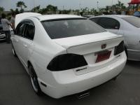 Лип спойлер на Honda Civic 4D 8