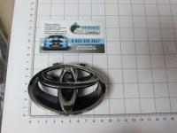 Эмблема шильдик логотип Toyota на решетку 90*63 мм