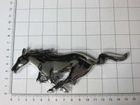 Эмблема шильдик логотип Mustang на решетку 155*60 мм