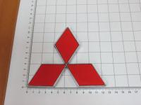 Эмблема шильдик логотип Mitsubishi красный на багажник, решетку 125x113 мм