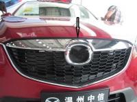Накладка на переднею решетку под эмблему Mazda CX-5 2012-2015