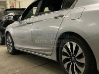 Хромированные молдинги на двери с логотипом Honda Accord 9 2013+
