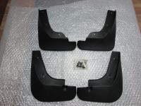 Оригинальные брызговики на Mazda 3 (BL) Axela sedan 2009-2013