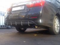 Накладка на задний бампер Диффузор Toyota Camry V50 (тиснение)