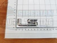 Шильдик с клеевой основой LS для автомобилей Lexus (хром)