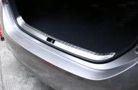 Накладка металлическая на порог багажника Toyota Corolla 2013-2018