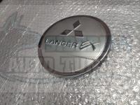 Хромированная накладка на лючок бензобака Mitsubishi Lancer 10 2007-2016