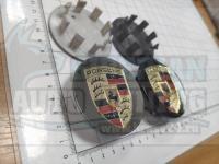Ступичные колпачки ЦО Porsche 65 мм черные, серые (Цена за 4шт)