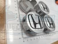 Ступичные колпачки ЦО Honda серебро 58 мм черные (Цена за 4шт)