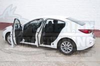 Накладки на внутренние пороги дверей Mazda 3 BM седан 2013-2016 (III дорестайлинг)