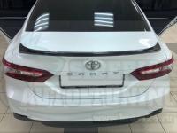 Спойлер лип на багажник Toyota Camry XV70 2018-2020