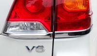 Land Cruiser 200 2012-2015 Хромированные накладки на низ задних фонарей стиль Lexus.