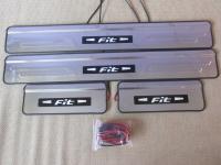Светодиодные накладки на пороги Honda Fit 2003-2007 (2)