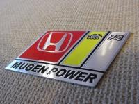 Алюминиевый Шильдик с клеевой основой Mugen Power для автомобилей Honda 88х45мм