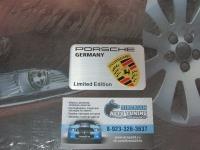 Алюминиевый Шильдик с клеевой основой  для автомобилей Porsche 3