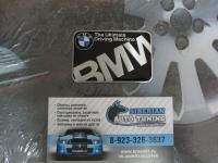 Алюминиевый Шильдик с клеевой основой для автомобилей BMW 60*40 мм