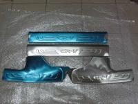 Накладки на внутренние пороги (на пластик)  CR-V 4 поколение 2012+