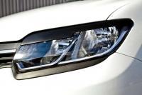 Накладки на передние фары реснички Renault Logan 2014+