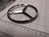 Эмблема шильдик Mercedes-Benz на перед 115 мм 210 758 01 58