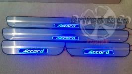 Светодиодные накладки на пороги Honda Accord 8-ое поколение