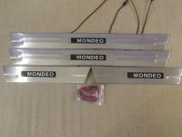 Светодиодные накладки на пороги Ford Mondeo 2000-2007